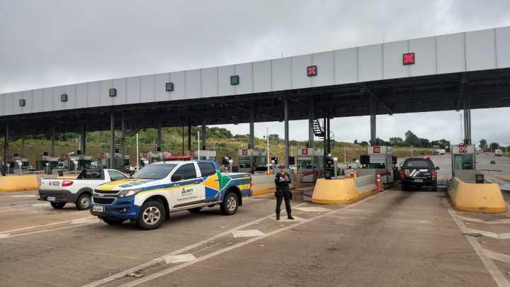 GO: Operação da Polícia Civil e ANTT visa combater o transporte clandestino entre Brasília e Goiânia