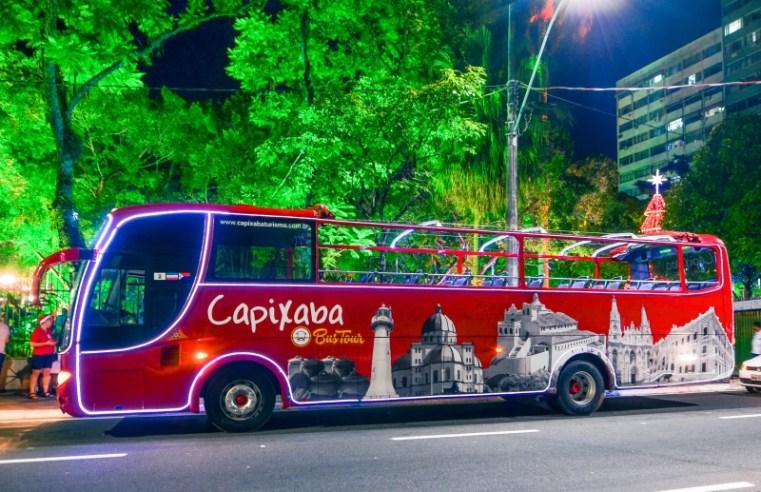 Ônibus panorâmico de turismo de Vitória promove passeio Natal Iluminado