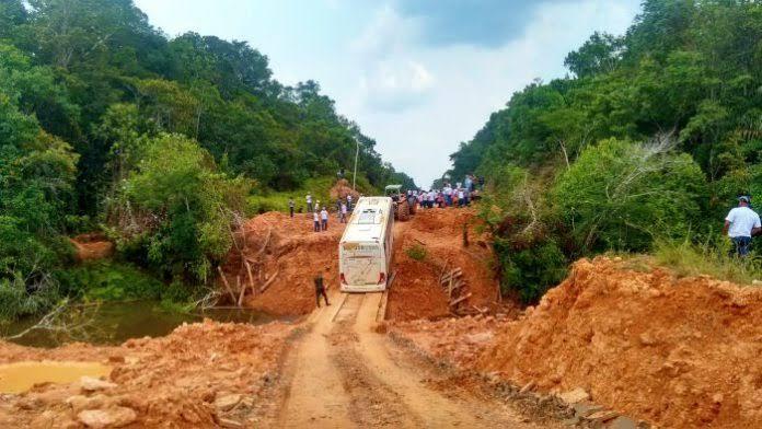 Bolsonaro diz que rodovia Porto Velho-Manaus será recuperada