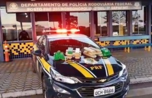 PRF apreende adolescente com drogas em ônibus no interior do Mato Grosso