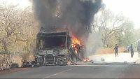 África: Atentado terrorista com bomba em ônibus escolar deixa 14 mortos em Burkina