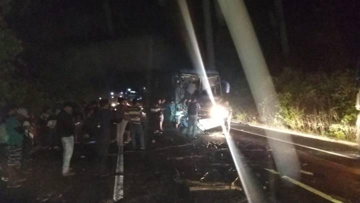 PI: Acidente entre ônibus da Expresso Guanabara e caminhão deixa feridos na  BR-343