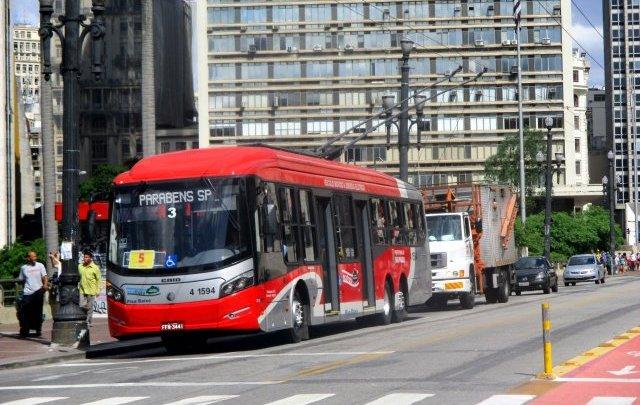 São Paulo: Trólebus da linha 2100/21 Term. Vl. Carrão – Term. Pq. D. Pedro II serão substituídos