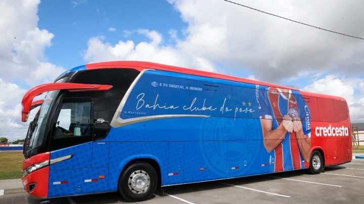 Bahia apresenta seu novo ônibus
