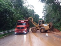Equipes do DNIT continuam mobilizadas para garantir trafegabilidade nas rodovias federais atingidas pelas chuvas