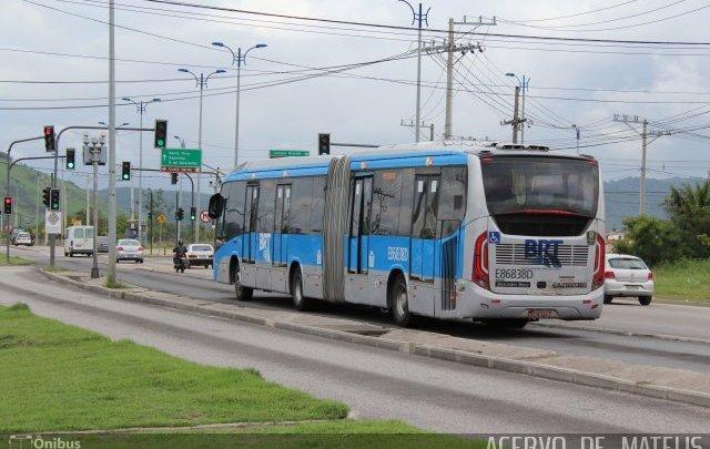 Prefeitura do Rio multa 155 motoristas por circulação irregular no corredor BRT