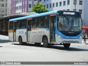 Recife: Camarote muda itinerário de linha e parada de ônibus na Avenida Dantas Barreto