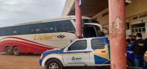 ANTT apreende ônibus da Empresa Líder no Piauí por fazer transporte clandestino