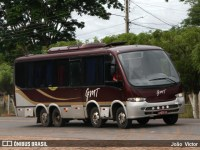 Micro-ônibus 8x2 chama atenção neste carnaval