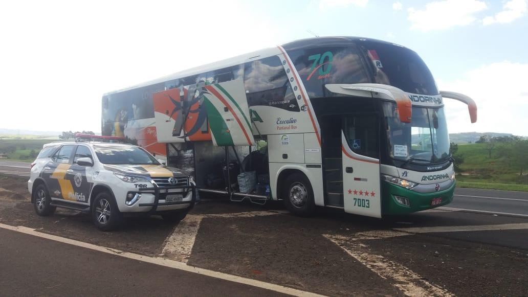 SP: Boliviana acaba presa durante fiscalização em ônibus da Viação Andorinha na Rodovia Castello Branco