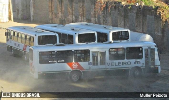 e7dcc4237d099fd37662096f44748e56 - Manifestação de rodoviários da Auto Viação Veleiro bloqueia a Avenida Fernandes Lima – REVISTA DO ÔNIBUS