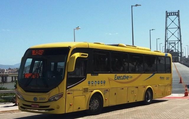 Florianópolis publica decreto obrigando ônibus circularem com janelas abertas para evitar coronavírus