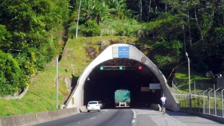 SC: BR-101 terá interdição total no Túnel do Morro do Boi na madrugada de quarta-feira