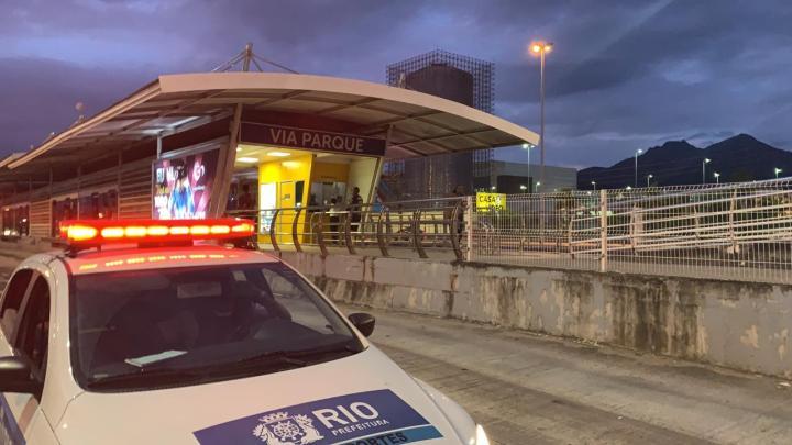 Rio: Multas por transportar passageiros em pé nos ônibus chegam a 139, diz prefeitura