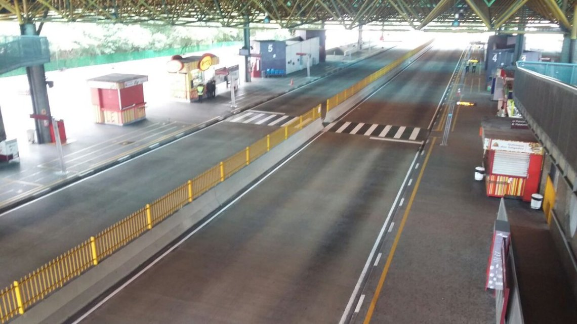 Prefeitura de São Paulo faz desinfecção de terminais de ônibus nesta segunda-feira