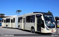 Ônibus com 100 passageiros pega fogo na Rodovia dos Minérios na Região Metropolitana de Curitiba
