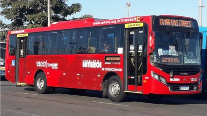 RJ: Dupla é presa após assaltar ônibus em Niterói