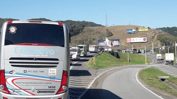 SC: Setor do turismo rodoviário realiza protesto na BR-101 e BR-470 nesta segunda-feira