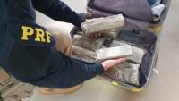 RS: PRF apreende 10kg de entorpecentes na BR-386