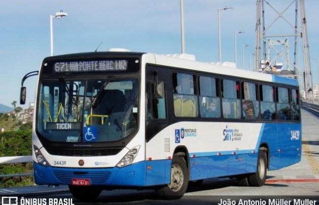 Circulação de ônibus em Florianópolis é normal apesar de boato na internet de possível paralisação