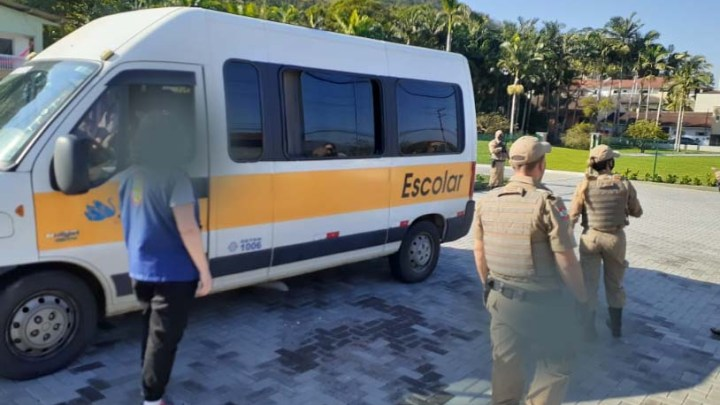 SC: Jaraguá do Sul realiza fiscalização do transportes de fretamento