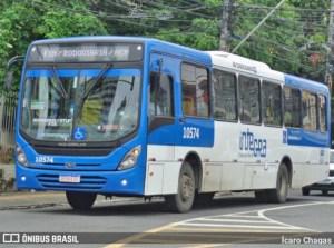 Salvador: Roda de ônibus se solta e chama atenção na Avenida Vasco da Gama - Vídeo