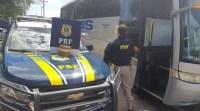 BA: PRF prende foragido da Justiça, durante fiscalização em ônibus na BR-242