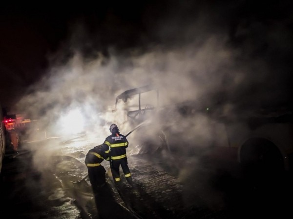Ônibus é incendiado no sertão de Alagoas nesta madrugada