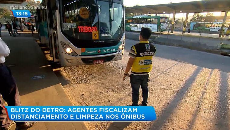 RJ: DETRO realiza fiscalização em terminal de ônibus de Niterói
