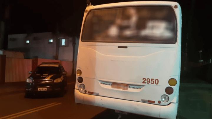 MS: PRF apreende ônibus com placas adulteradas em Naviraí