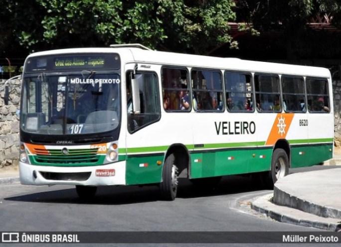 Sem Título 4 2 - Manifestação de rodoviários da Auto Viação Veleiro bloqueia a Avenida Fernandes Lima – REVISTA DO ÔNIBUS