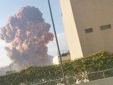 Vídeo: Após explosão na região portuária de Beirute, transporte é suspenso na cidade