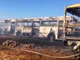 Vídeo: Incêndio destrói 4 ônibus em garagem de empresa em Sinop