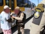 Polícia da Bahia prende um assaltante de ônibus por dia na BR-324