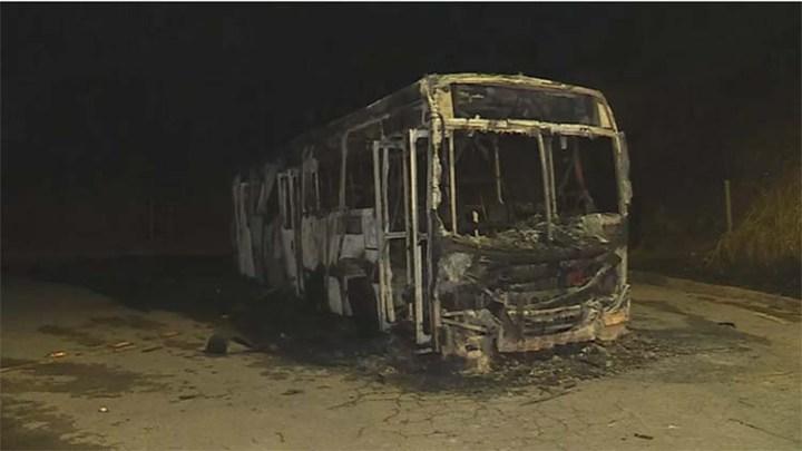 Belo Horizonte segue com o terceiro ônibus incendiado em uma semana