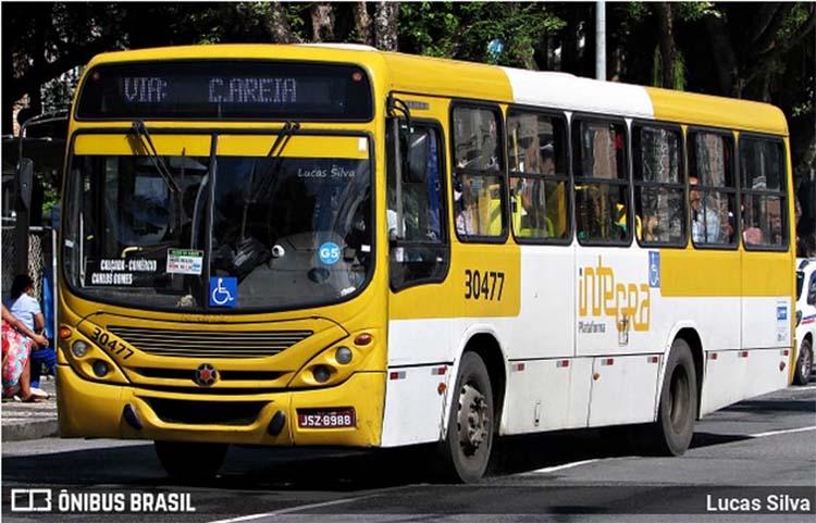 Salvador: Ônibus é assaltado por trio nesta terça-feira