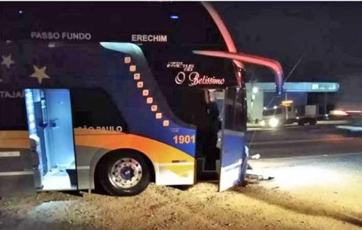 RS: Acidente com ônibus da delegação do Ypiranga de Erechim deixa um ferido em Soledade
