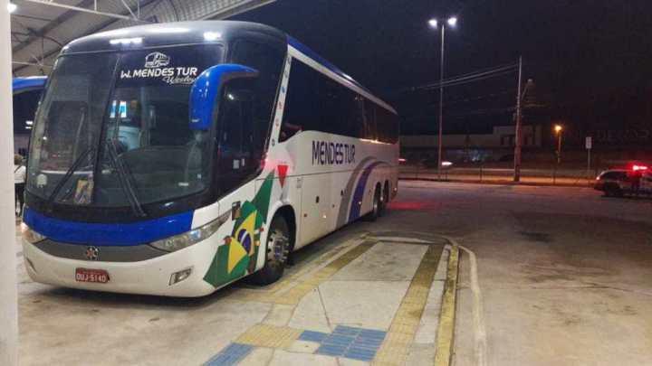 Vídeo: Fiscalização da ANTT apreende 4 ônibus da Grande BH