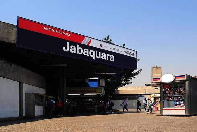 São Paulo: Terminal Jabaquara recebe evento de prevenção ao câncer de mama