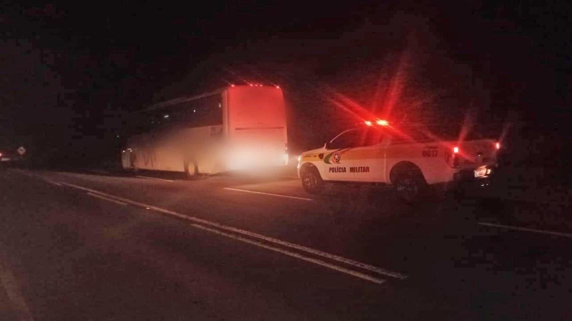 SC: Polícia Rodoviária apreende ônibus com produtos contrabandeados