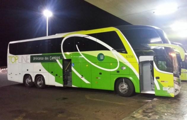 Morador de rua acaba atropelado por ônibus em Curitiba