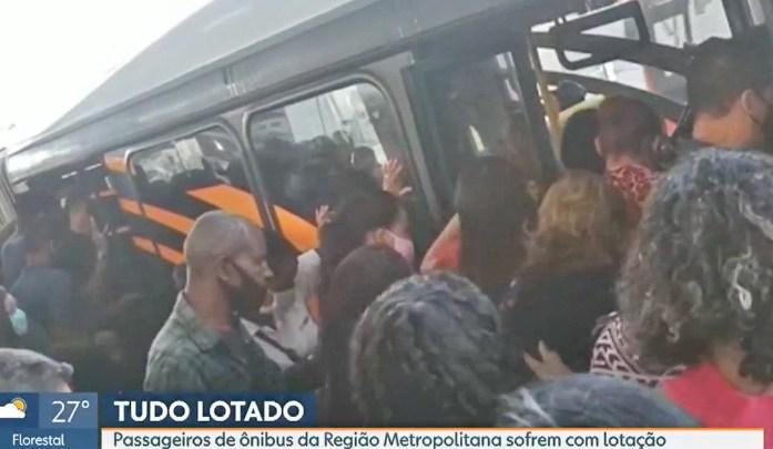 Grande BH: Lotação nos ônibus chama atenção em meio a pandemia da Covid-19
