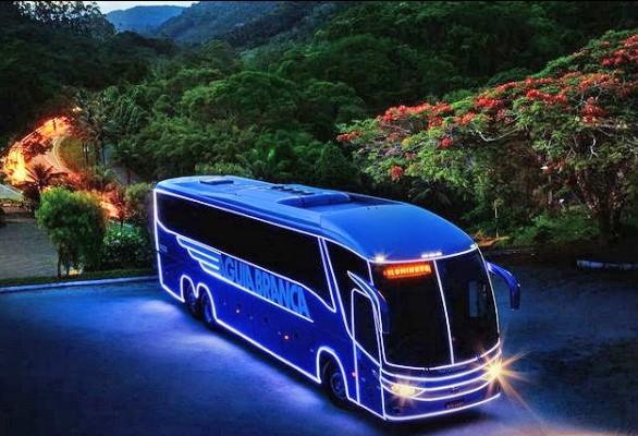 ES: Ônibus iluminado da Aguia Branca chamou atenção em mais de oito estados