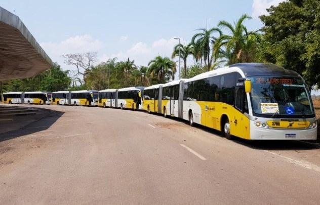 Rodoviários de Rio Branco realizam novo protesto pela falta de pagamento de salários