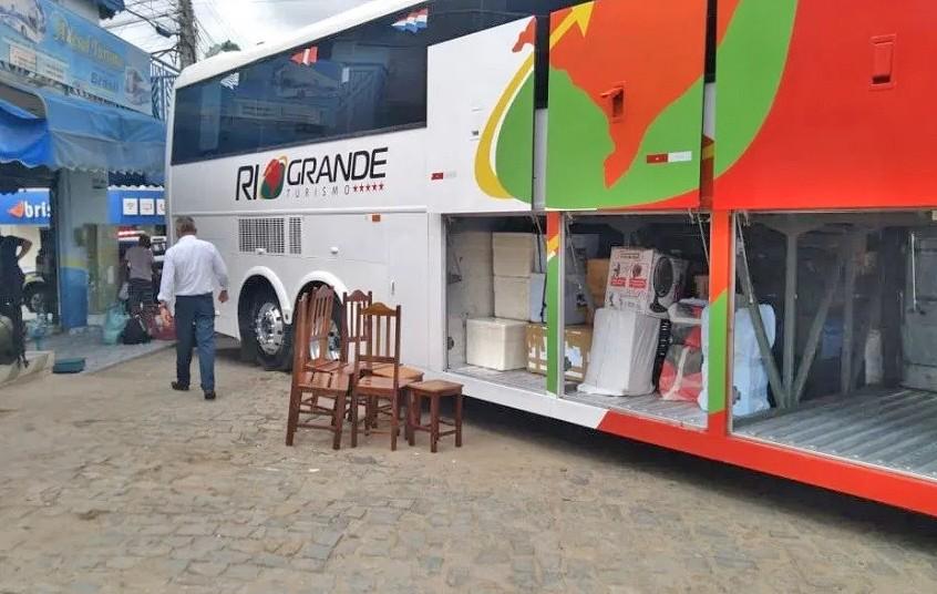 CE: ANTT apreende ônibus clandestino e fecha duas agências de viagens na cidade de Tauá – Vídeos