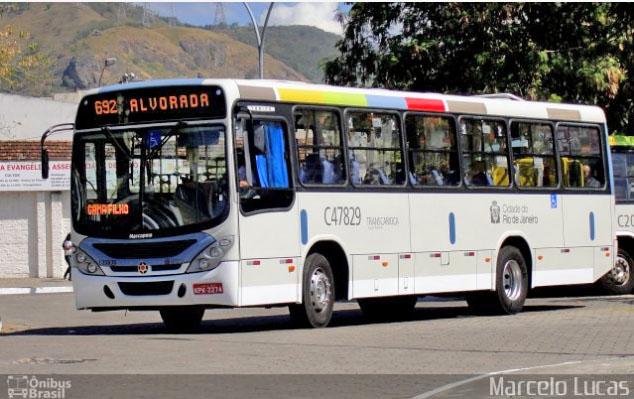 Rio: Ônibus da Viação Redentor acaba se incendiando na Zona Oeste