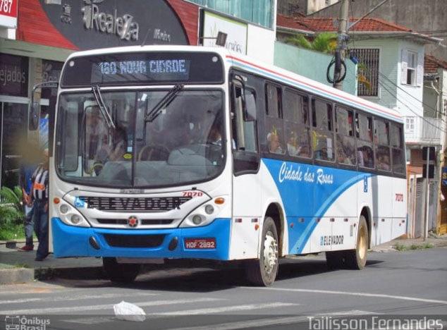 MG: Moradores de Barbacena realizam protesto por retorno de linha de ônibus