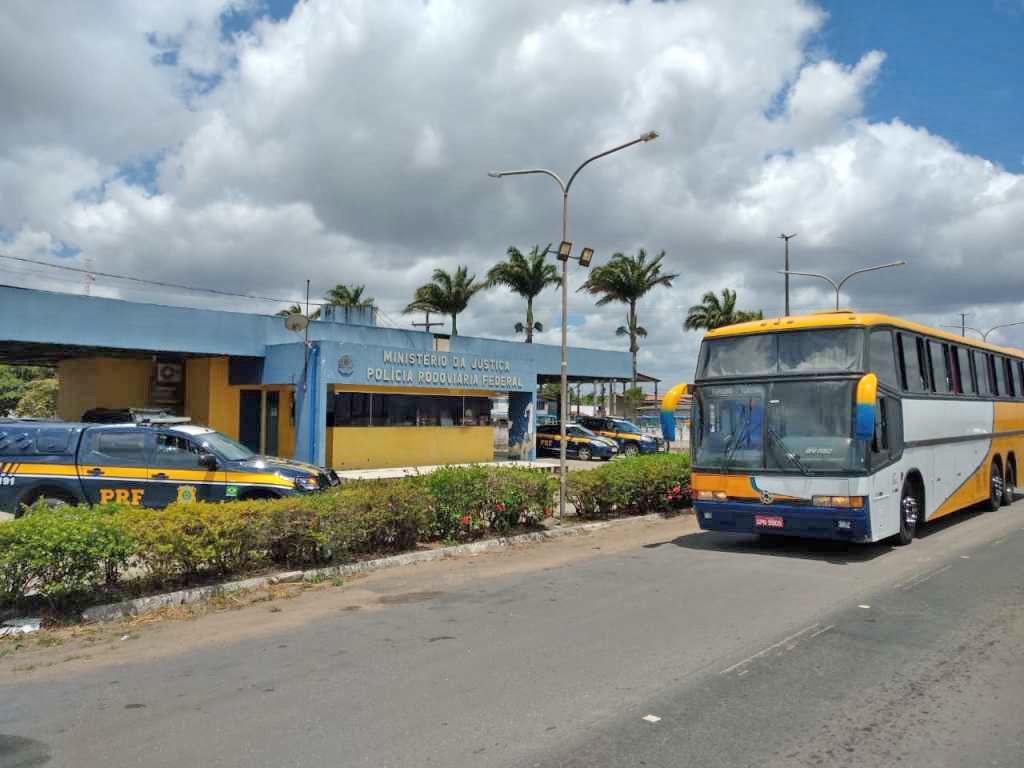 AL: Ação de fiscalização da ANTT e PRF apreende ônibus em São Miguel dos Campos