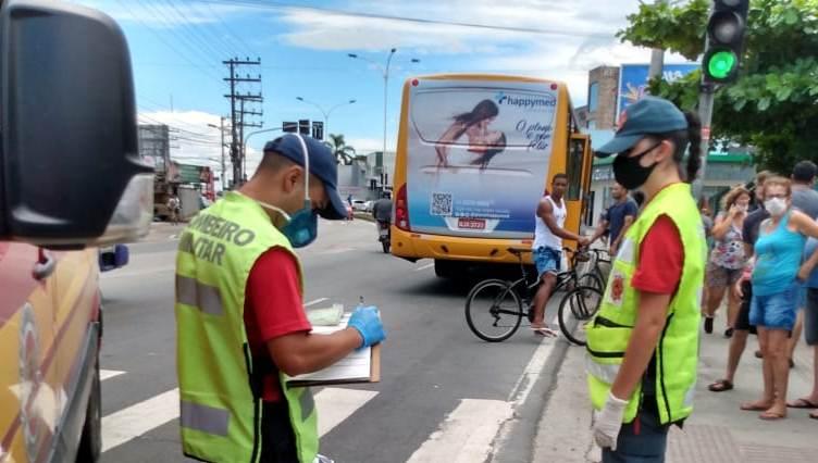 SC: Idosa morre atropelada por ônibus na Avenida Doutor Reinaldo Schmithausen em Itajaí