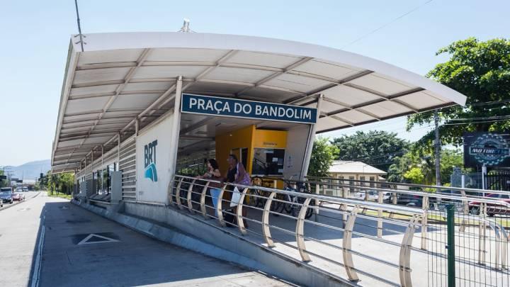 Rio: Vandalismo causa fechamento da estação Santa Efigênia, no corredor Transcarioca do BRT